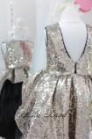 Детское платье со шлейфом из пайеток, цвета золото и черный