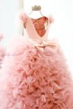 Детское нарядное платье Роза, цвет темная пудра с крылышками из перьев
