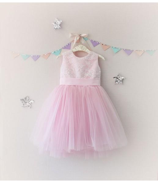 Детское платье с отделкой из бисера, цвет пудра